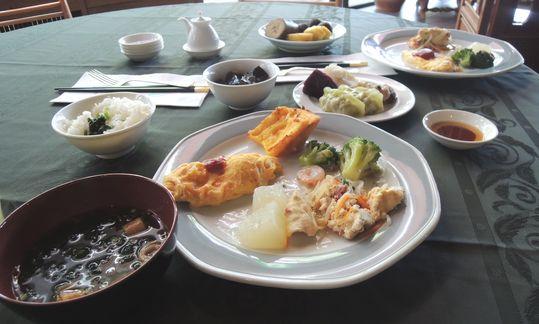 沖縄の朝食