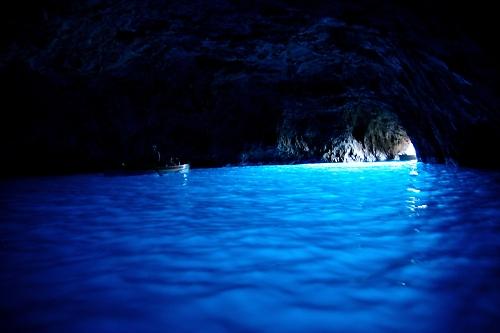 青の洞窟内部