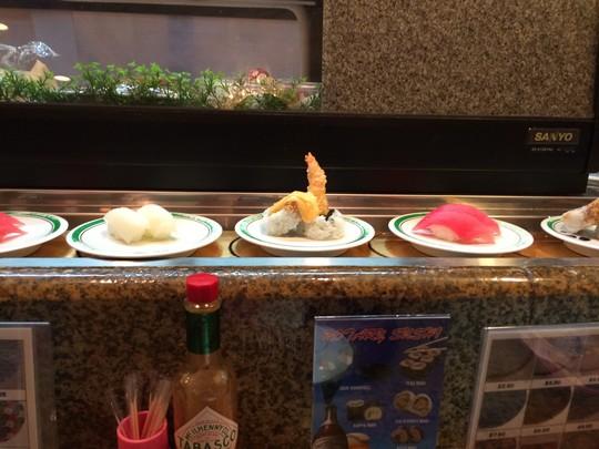 グァム回転寿司