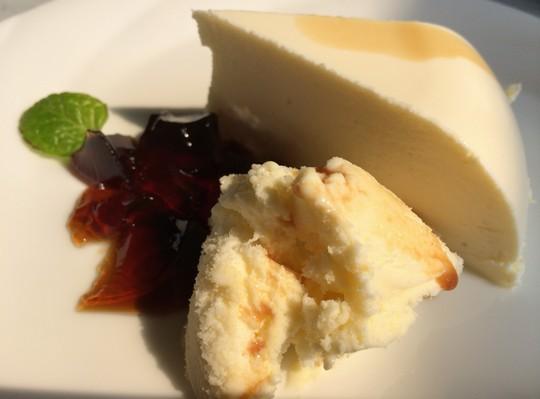 KuRa珈琲チーズケーキ