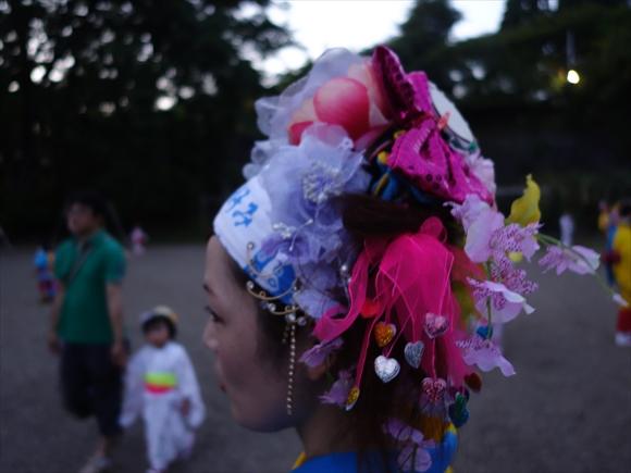 さんさ踊りヘアスタイルと飾り付け19-1