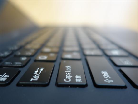 VAIOPro不満3キーボードへたわむ