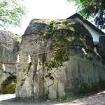 ぎりぎり浪漫、三石神社の石はどこからやってきたか?