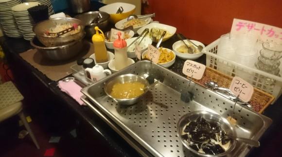 盛岡タイベトナム料理ピッカペッカ店内