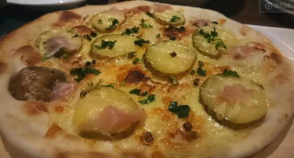 ろか~れあ~しゃ山田イタリアン2000円コースピザ