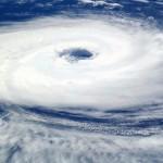 もし屋久島旅行中に台風が来たら早目に島を離れた方が良いよ