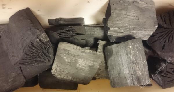 岩手切炭の形
