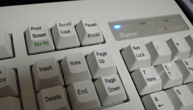 キータッチが軽いキーボードで指の負担を軽減
