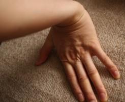 正しい腱鞘炎治療ストレッチ方法1