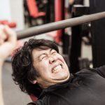 筋トレで体を強化するためにかけるべき負荷とプロテイン摂取する目安
