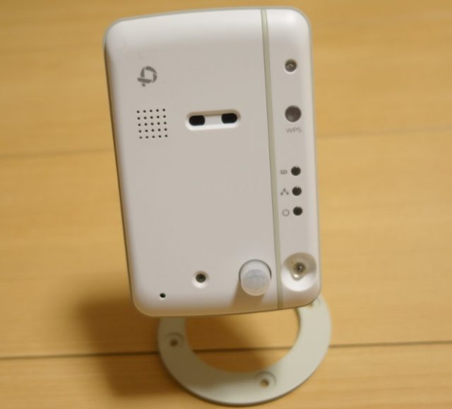 文鳥・インコの留守番中の状態をスマホで監視できるネットカメラ