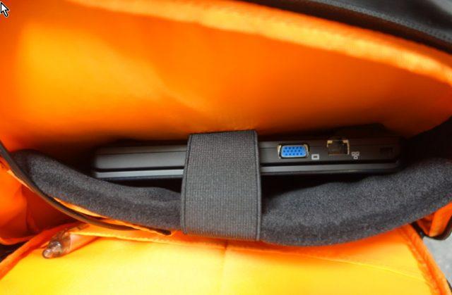 軽量防水リュックLuuhannはノートPC持ち運び15.6インチ
